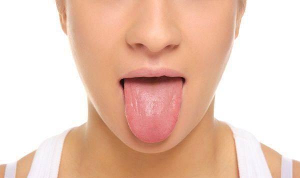 3 ท่าออกกำลังกายบริเวณช่องปาก ลดปัญหานอนกรน